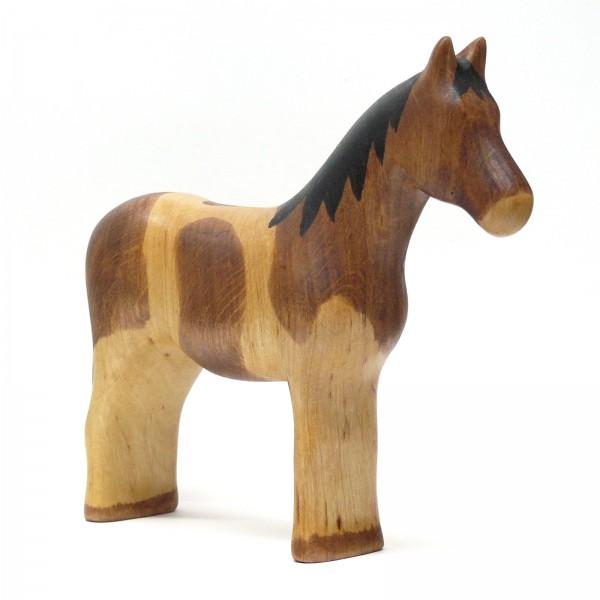 geschecktes Pferd von buntspechte-holzspielfiguren.de
