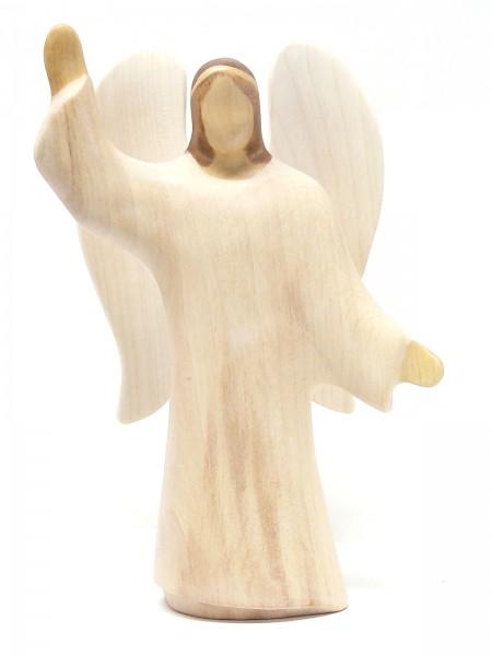 Engel im weißen Gewand