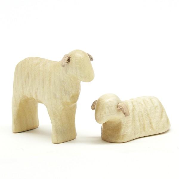 neugeborene Lämmer aus Holz von buntspechte-holzspielfiguren.de