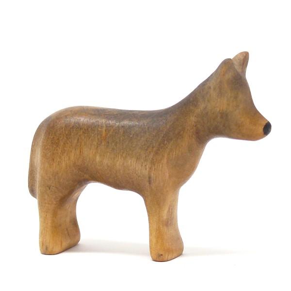junger Wolf von Buntspechte-holzspielfiguren.de